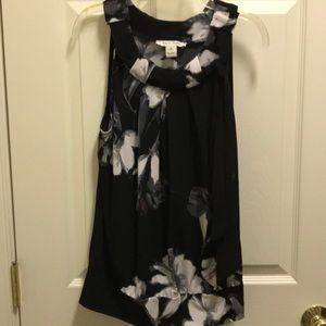White House Black Market sleeveless top size Small